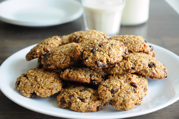 Healthy-Trail-Mix-Cookies