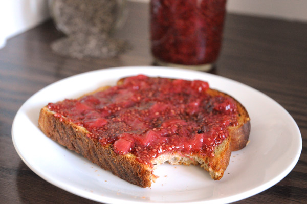 Toast-with-Chia-Seed-Jam
