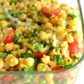 Vegan-Quinoa-and-Chickpea-Tabbouleh