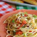 Garlic-Tomato-Pasta