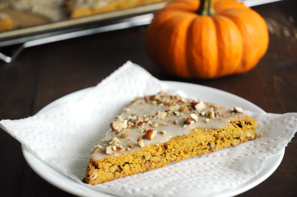 Easy-Vegan-Pumpkin-Scones
