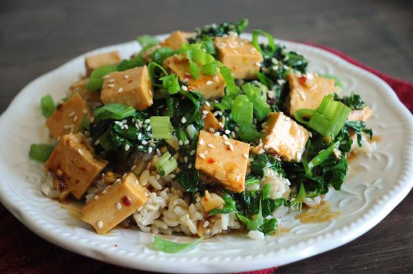 Orange-Tofu-Rice-Bowl-Vegan