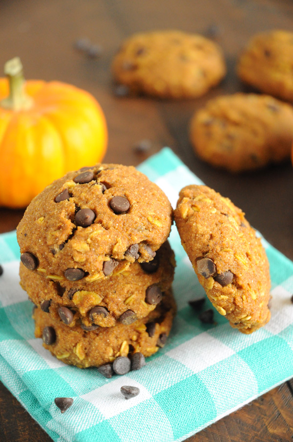 Pumpkin-Oat-Chocolate-Chip-Cookies-Vegan